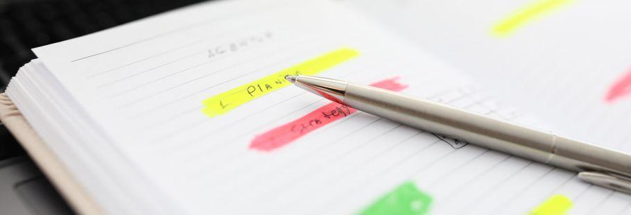 飽きずに目標を達成する5色ペン手帳術